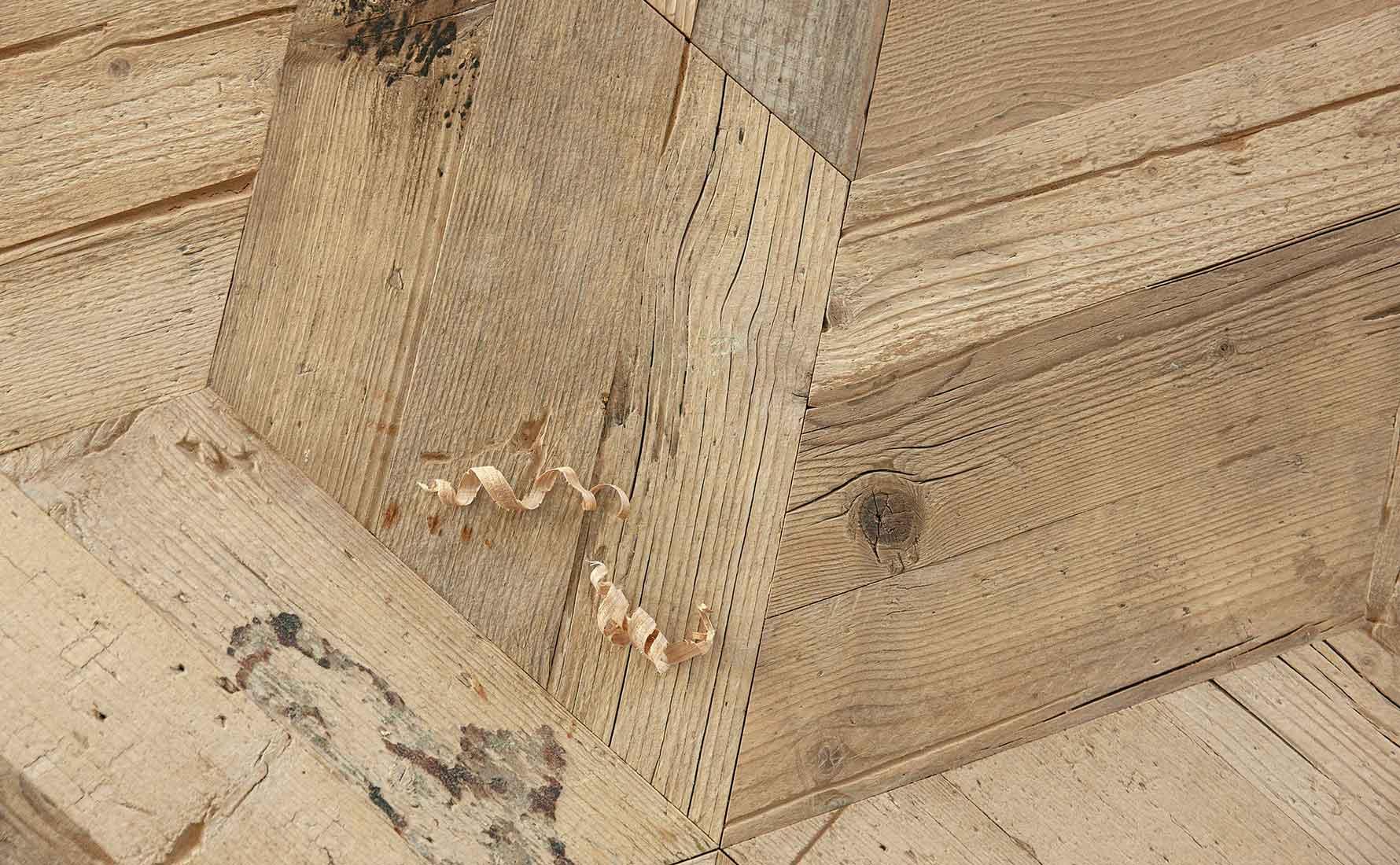 Primo piano parquet abete di recupero collezione Bottega