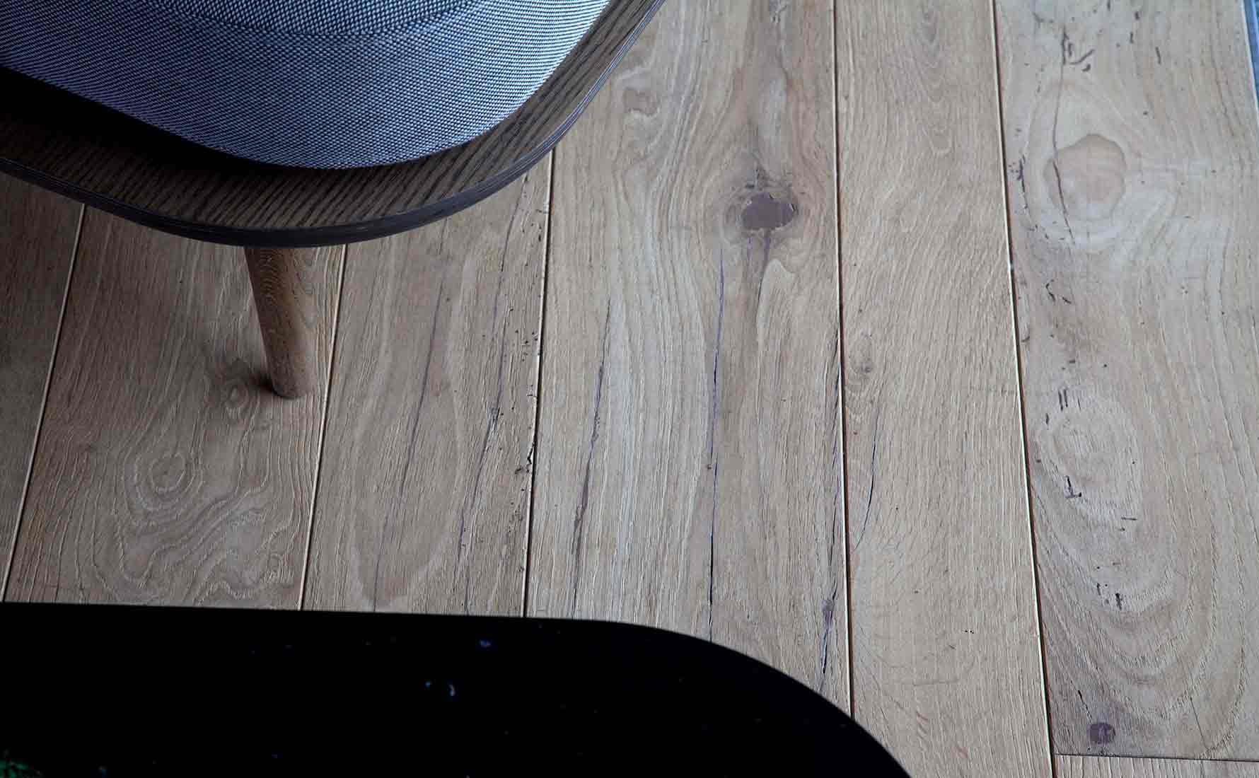 Dettaglio parquet abete di recupero collezione Bottega