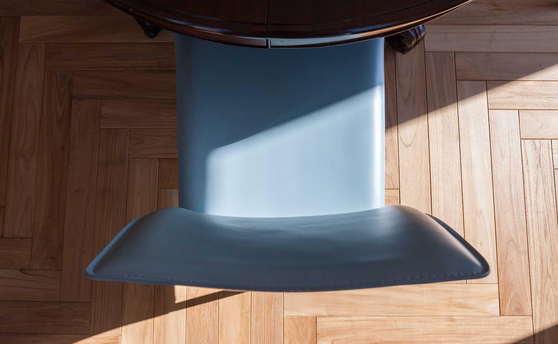 Primo piano parquet teak massello collezione Bottega