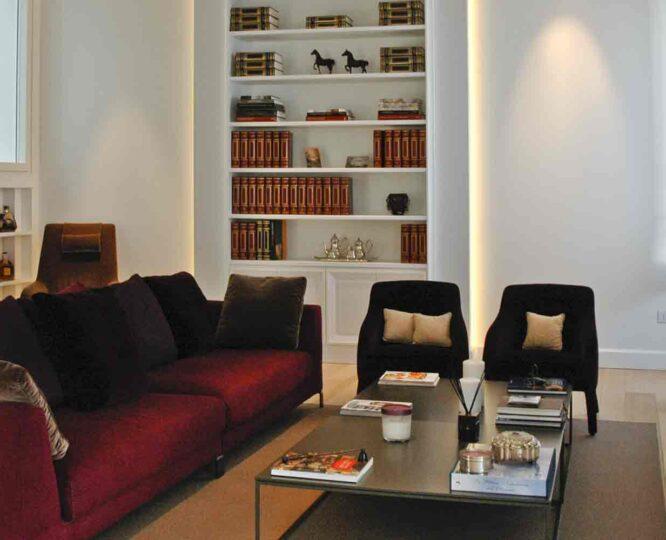 Salone appartamento Napoli con parquet in quercia francese